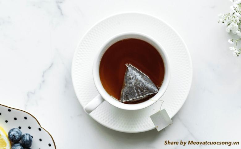 Túi trà giúp tan bọng mắt