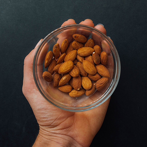 Healthy snack ideas - almonds