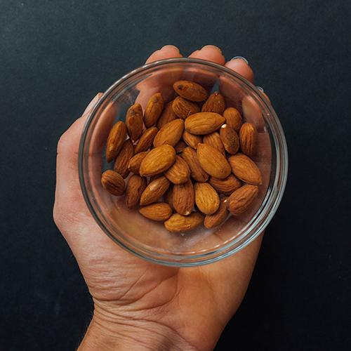 Healthy snack ideas - almonds