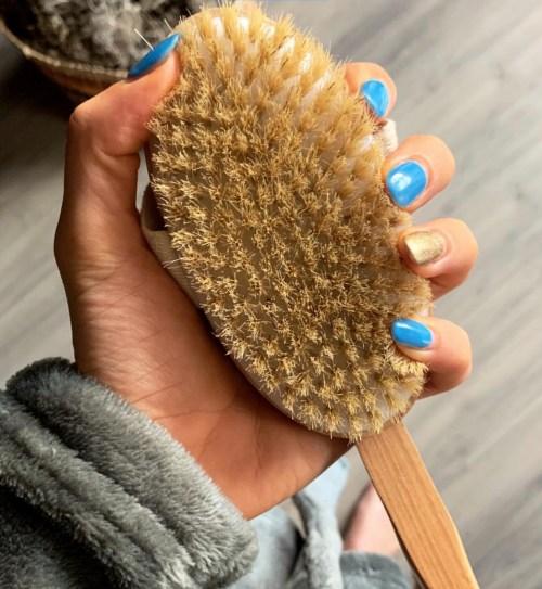gift 8 - dry brush