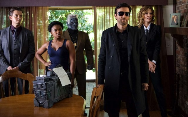 Powers S2, episode 201Powers S2