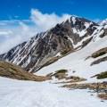 残雪期大雪渓を登り白馬岳へ~白馬三山テント泊周回【1日目】