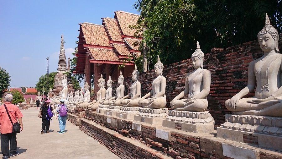 Templo de Wat Yai Cha Mongkol en Ayutthaya