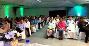 Representantes de Espaillat en el acto de entrega del Plan de Desarrollo Económico Local de la provincia.