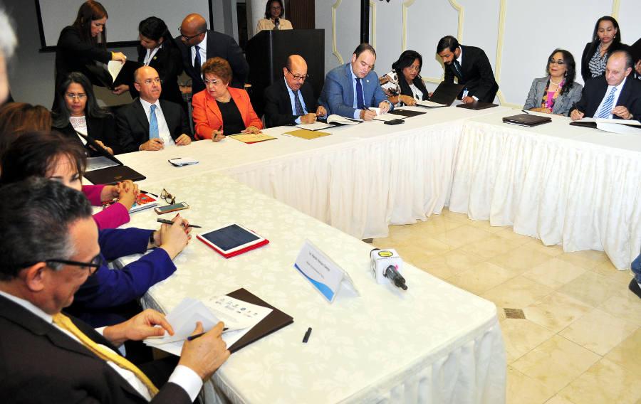 Doce Instituciones del gobierno central incluirán la igualdad de género en  sus planes, programas, proyectos y políticas | Ministerio de Economía,  Planificación y Desarrollo (MEPyD)