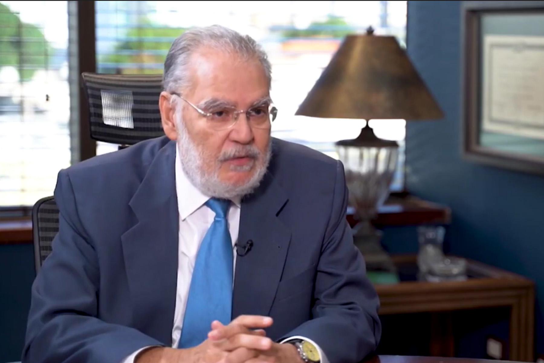 Ministro de Economía Miguel Ceara Hatton