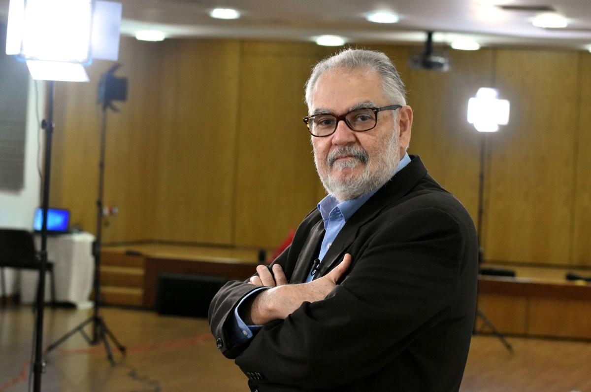 El ministro de Economía, Planificación y Desarrollo, Miguel Ceara Hatton