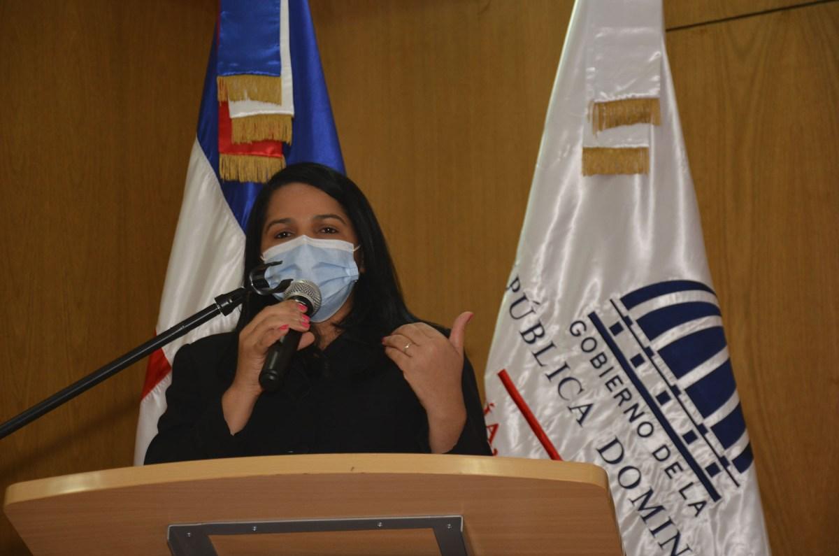 Rosanna Arias, directora general de Cooperación Bilateral del Ministerio de Economía, Planificación y Desarrollo.