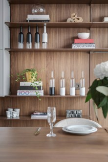 open-space-design-kitchen-shelves1