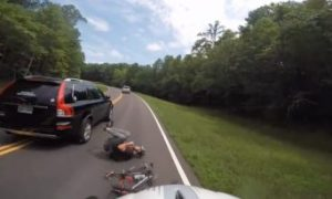 Motorista atropela ciclista de forma intencional