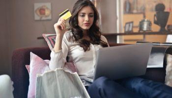 E-commerce brasileiro tem alta de 98,74% em abril