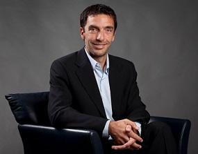 Adrián Farina - Visa