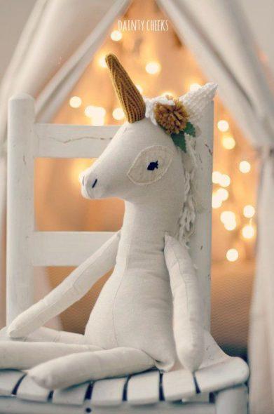Pupazzo unicorno