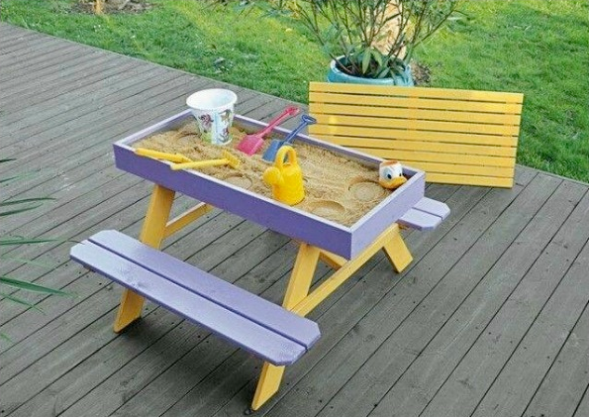 diy-sandbox-picnic-table