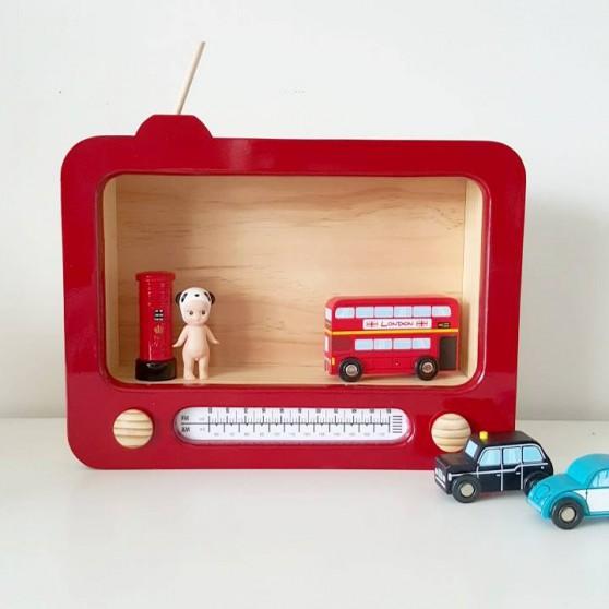 retro-radio-red