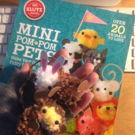 libro-mini-animali-pompom
