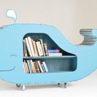 Libreria e balena in cameretta
