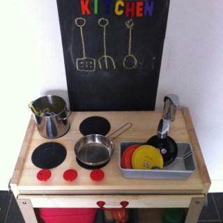 Ikea hack: la cucina giocattolo per i miei bambini