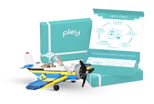 pley LEGO set rent gift