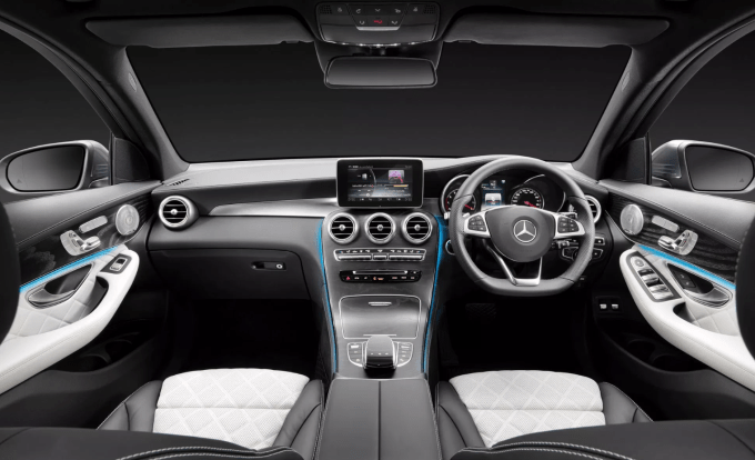 2020 Mercedes Benz GLB Interior