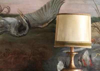 Lámpara en madera dorada