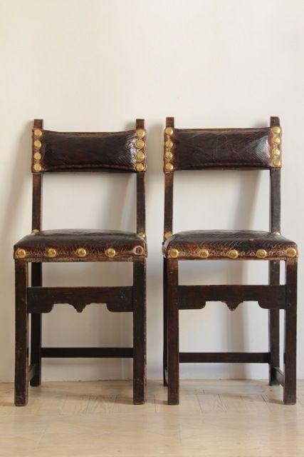 Par de sillas castellana S.XVII