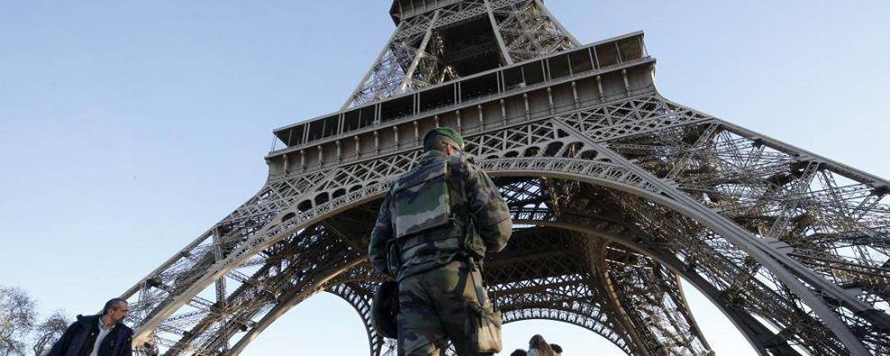 Que faire face au terrorisme?