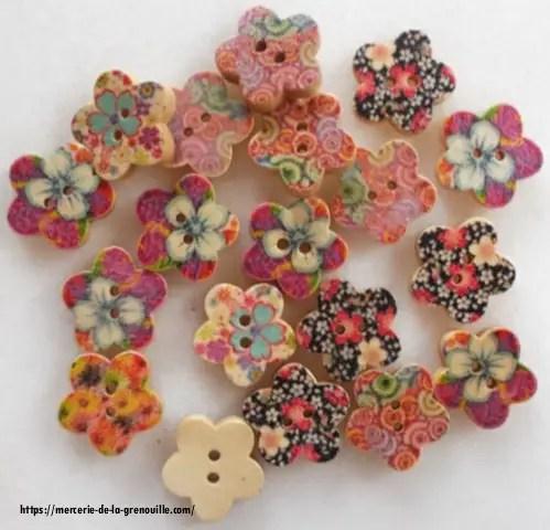bouton forme fleur multicolore