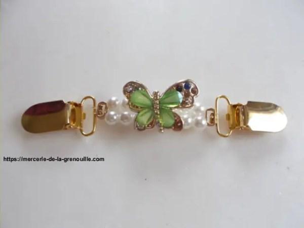 Broche clip papillon vert