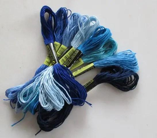 réf 08-L-b-0001 fils à broder nuance de bleu