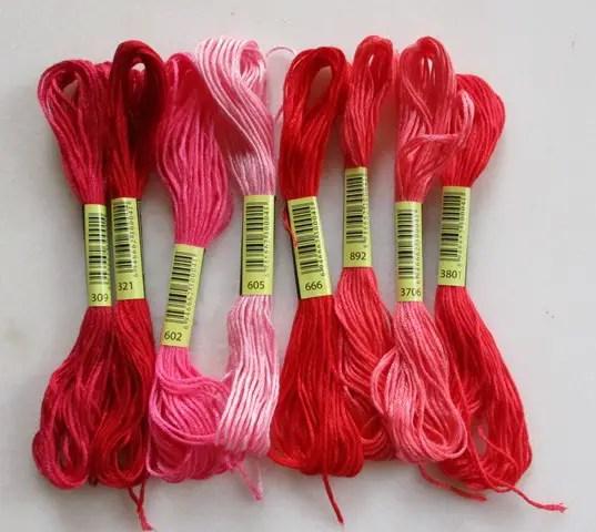 réf 08-L-b-005 fils à broder 8 nuances rouges