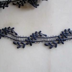 ruban de dentelle fine bleu marine