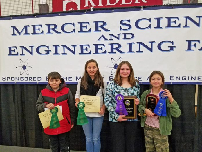 HVCHS Student Takes Top Prize at Mercer Science and Engineering Fair