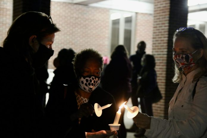 Hopewell Valley residents hold candlelight vigil for Justice Ruth Bader Ginsburg