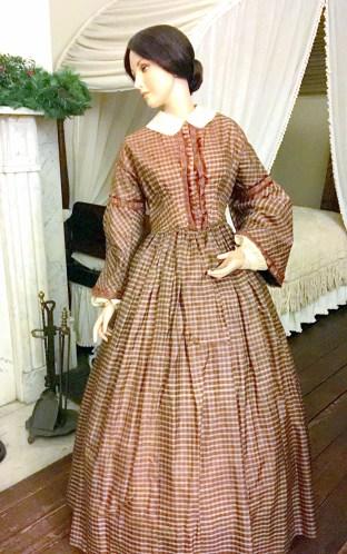 Day Dress, 1848-54 (MHM 2002.0847)