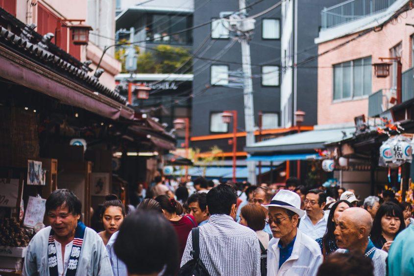 Est-ce facile de discuter et rencontrer des japonais au quotidien ?