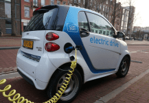 EESL Joins Hands with SDMC to Install 75 EV Charging Stations Across Delhi