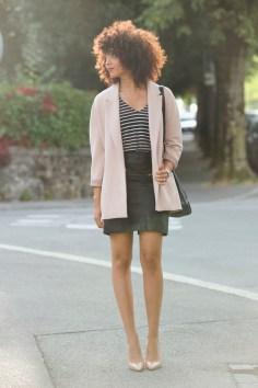 geneve-montre-femina-manteau-rose-oversized-mariniere-cheveux-frises-jupe-cuir-hm-escarpins-beige-nude-louboutin-pigalle-10cm4