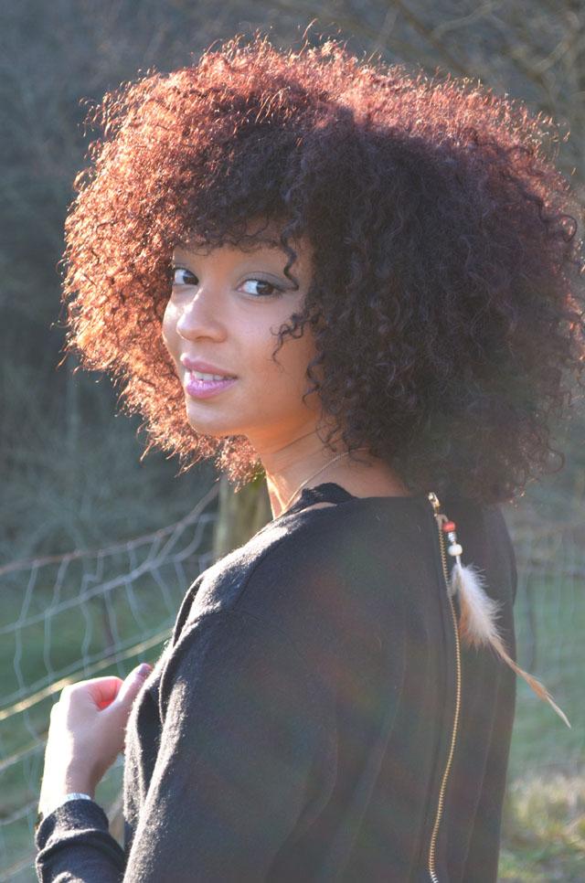 mercredie-blog-mode-forezan-cognin-chambery-savoie-couleur-rouge-cheveux-frises-naturels-rouges-inoa