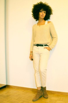 mercredie-blog-mode-look-lookbook-blanc-mango-pull-jean-boyfriend-primark-boots-lace-dentelle