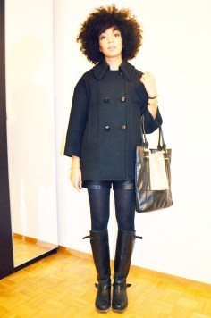 mercredie-blog-mode-look-lookbook-short-cuir-bottes-zip-pull-topshop-ersatz-isabel-marant-sac-fourrure-manteau
