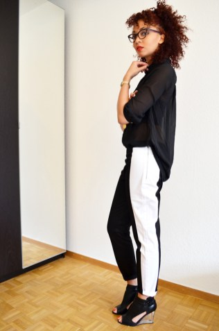 mercredie-blog-mode-pantalon-groom-rayure-bande-chaussures-sandales-talons-transparents-hm-asos-margiela3