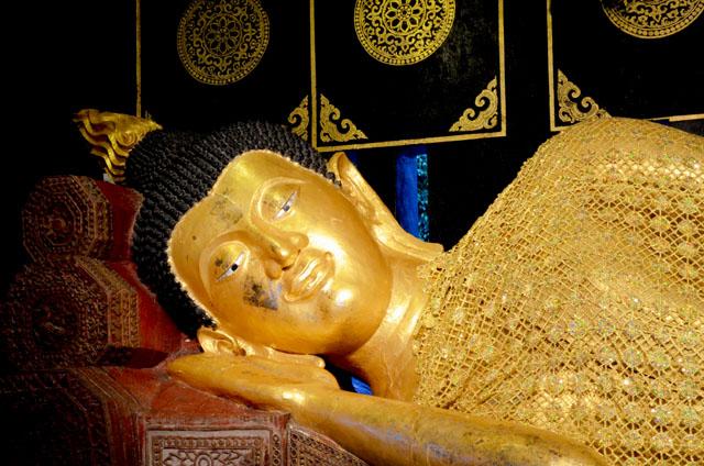 mercredie-blog-mode-voyage-thailande-buddha-couche