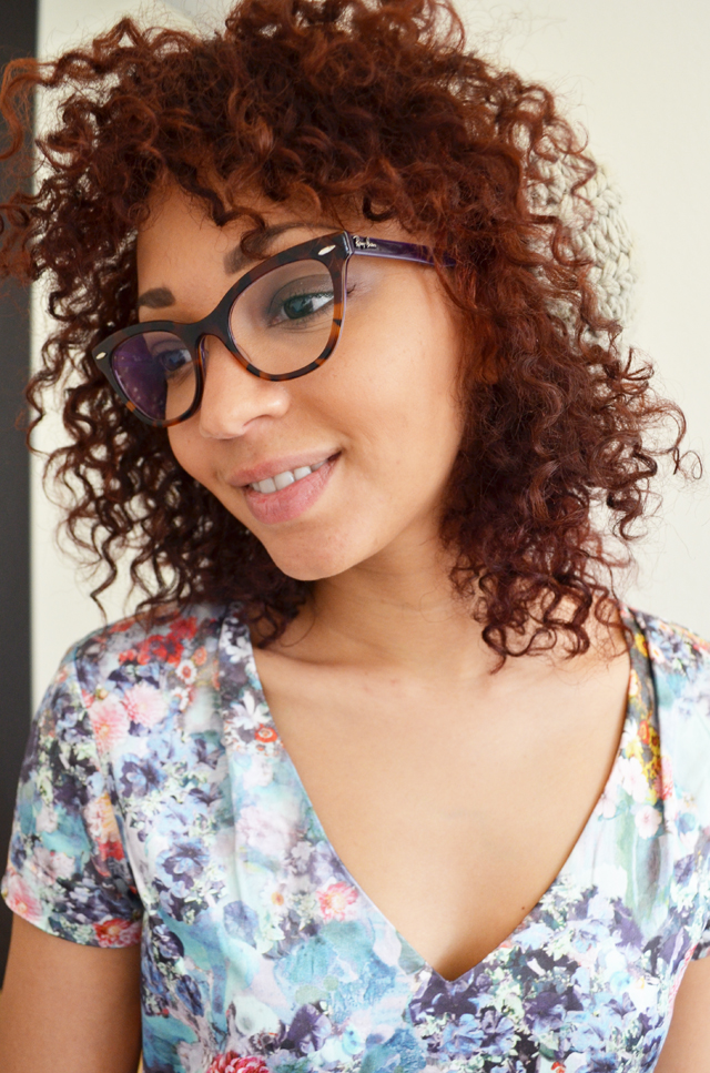 mercredie-blog-mode-robe-h&m-afro-hair-cheveux-nappy-rayban-cateye-5226-red-cherry-cerise-rouge-olia2
