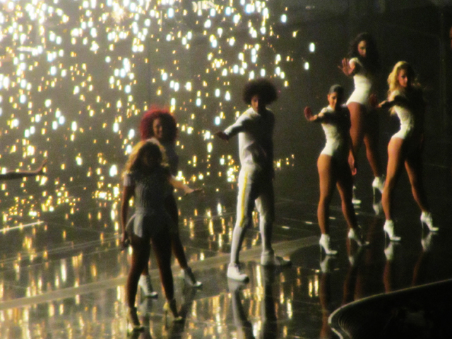 mercredie-blog-mode-Zurich-Beyonce-concert-Suisse-Hallenstadion-mrs-carter-show-live