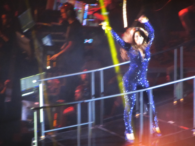 mercredie-blog-mode-Zurich-Beyonce-concert-Suisse-Hallenstadion-mrs-carter-show-live10