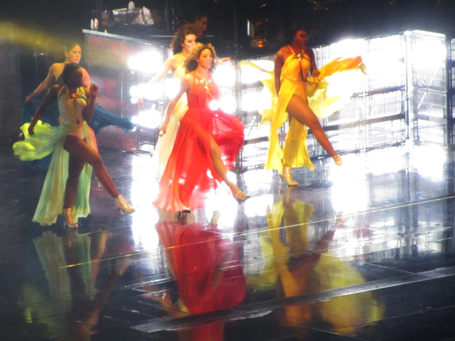 mercredie-blog-mode-Zurich-Beyonce-concert-Suisse-Hallenstadion-mrs-carter-show-live6