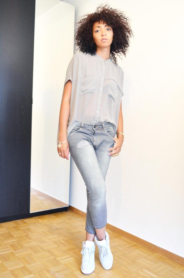 mercredie-blog-mode-geneve-suisse-asos-kaki-jean-boyfriend-zara-gris-nike-dunk-sky-white