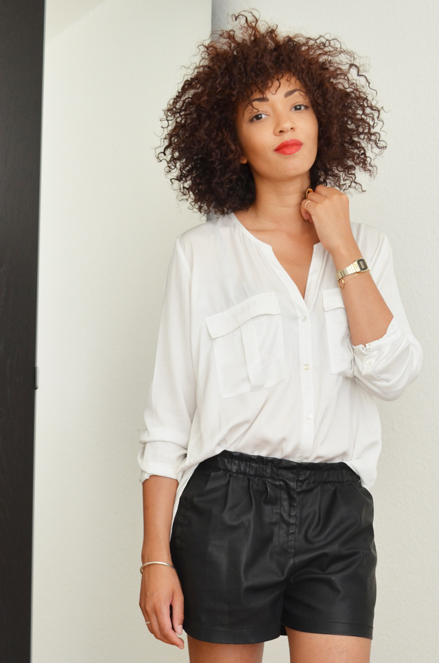 mercredie-blog-mode-geneve-suisse-chemise-blanche-short-cuir-h&m5