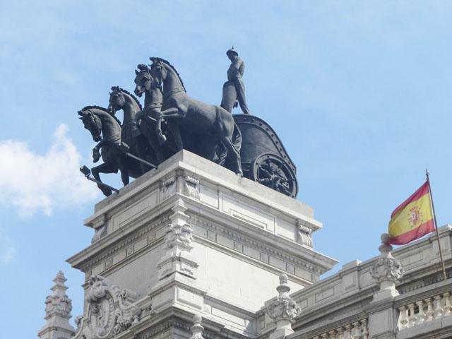 mercredie-blog-mode-voyage-tourisme-madrid-statues